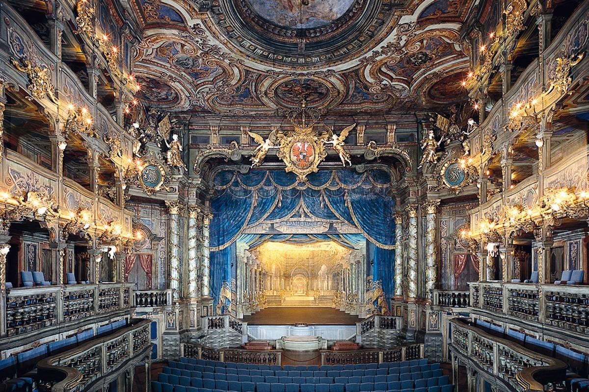 Увертюра к двум городам. оркестр musica viva представил москву в дюссельдорфе