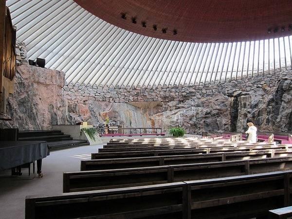 Темппелиаукио — необычная церковь в скале