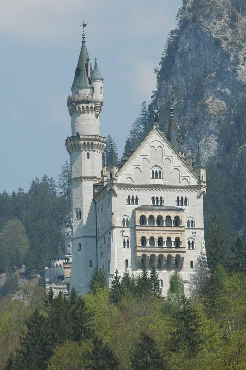Замок нойшванштайн в германии: история, где находится, фото