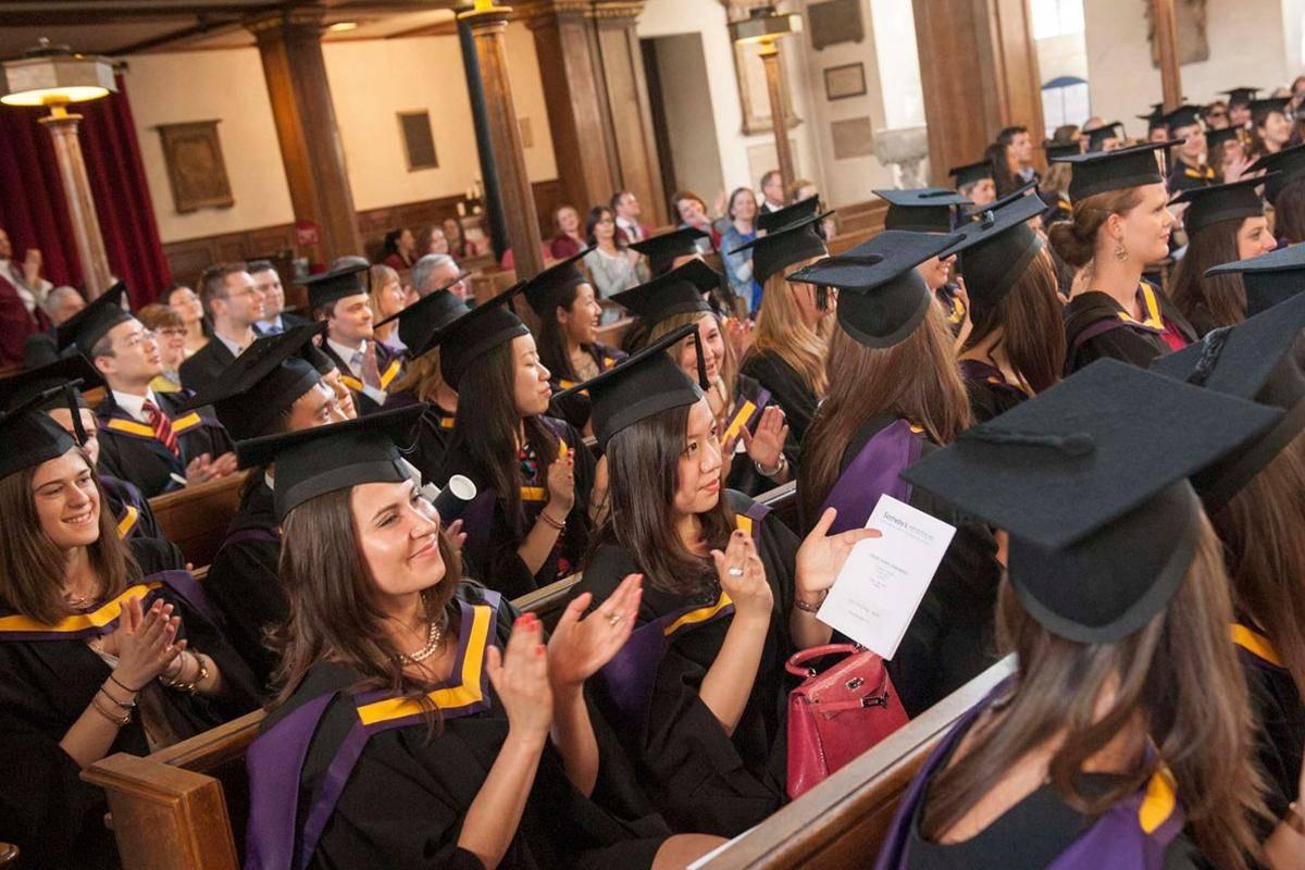 Я окончил university of manchester: казахстанцы об особенностях обучения в классическом британском вузе