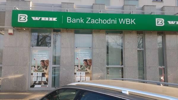 Який банк у польщі вибрати іноземцю в 2021 році
