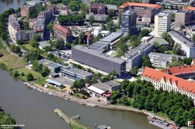 Экономический университет во вроцлаве (вроцлав, польша)