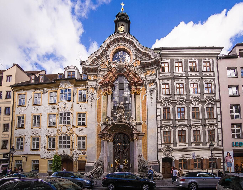 Церковь святого михаила в мюнхене— шедевр барокко и королевская усыпальница