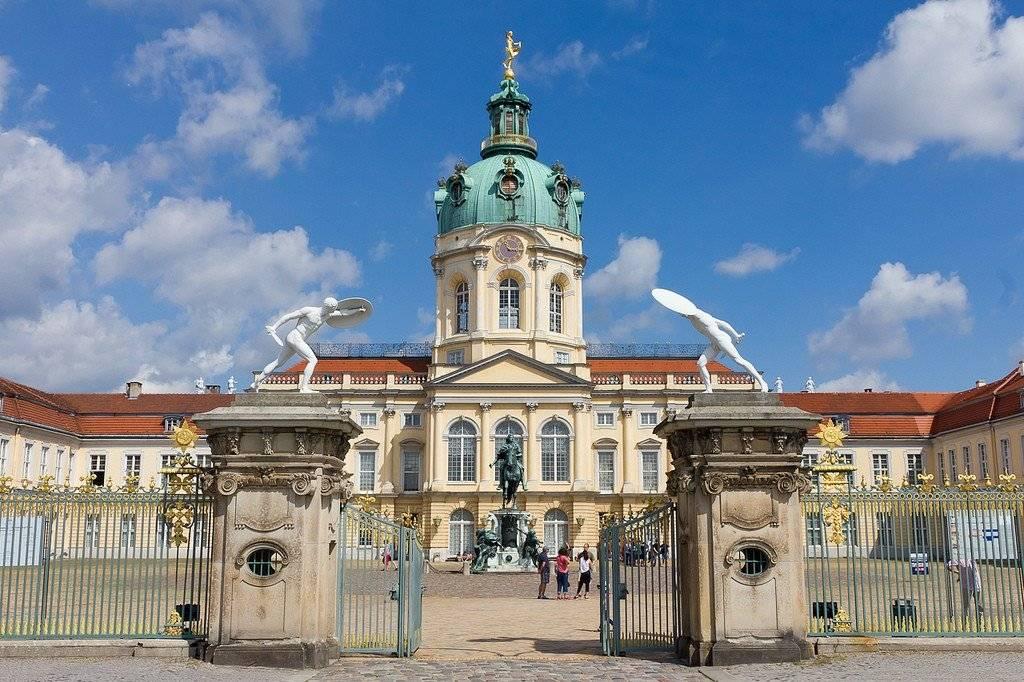 Замок шарлоттенбург в 2021