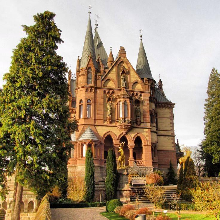 Легендарный и таинственный замок вевельсбург