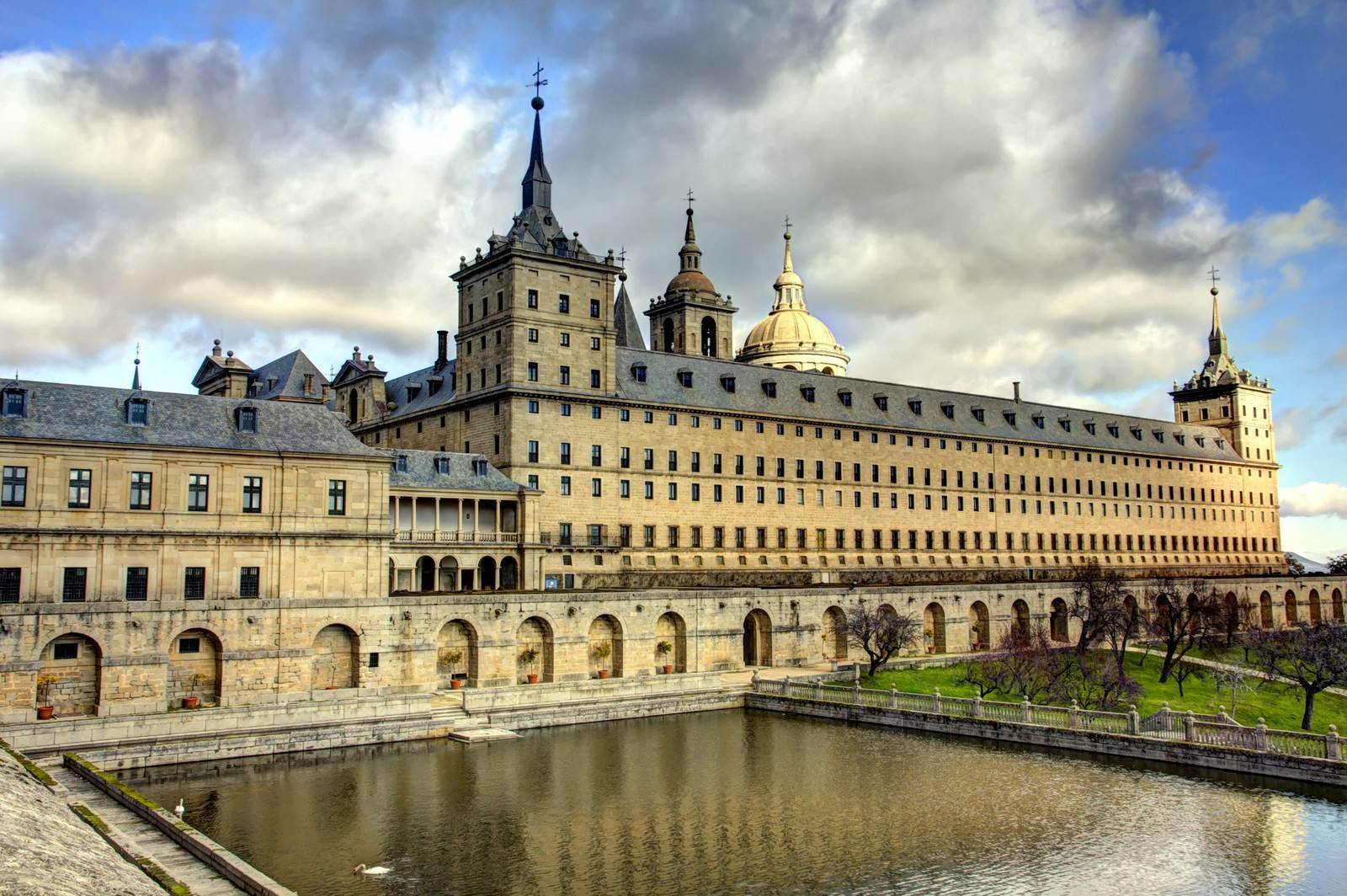 Курорты испании - эскориал | туристический портал