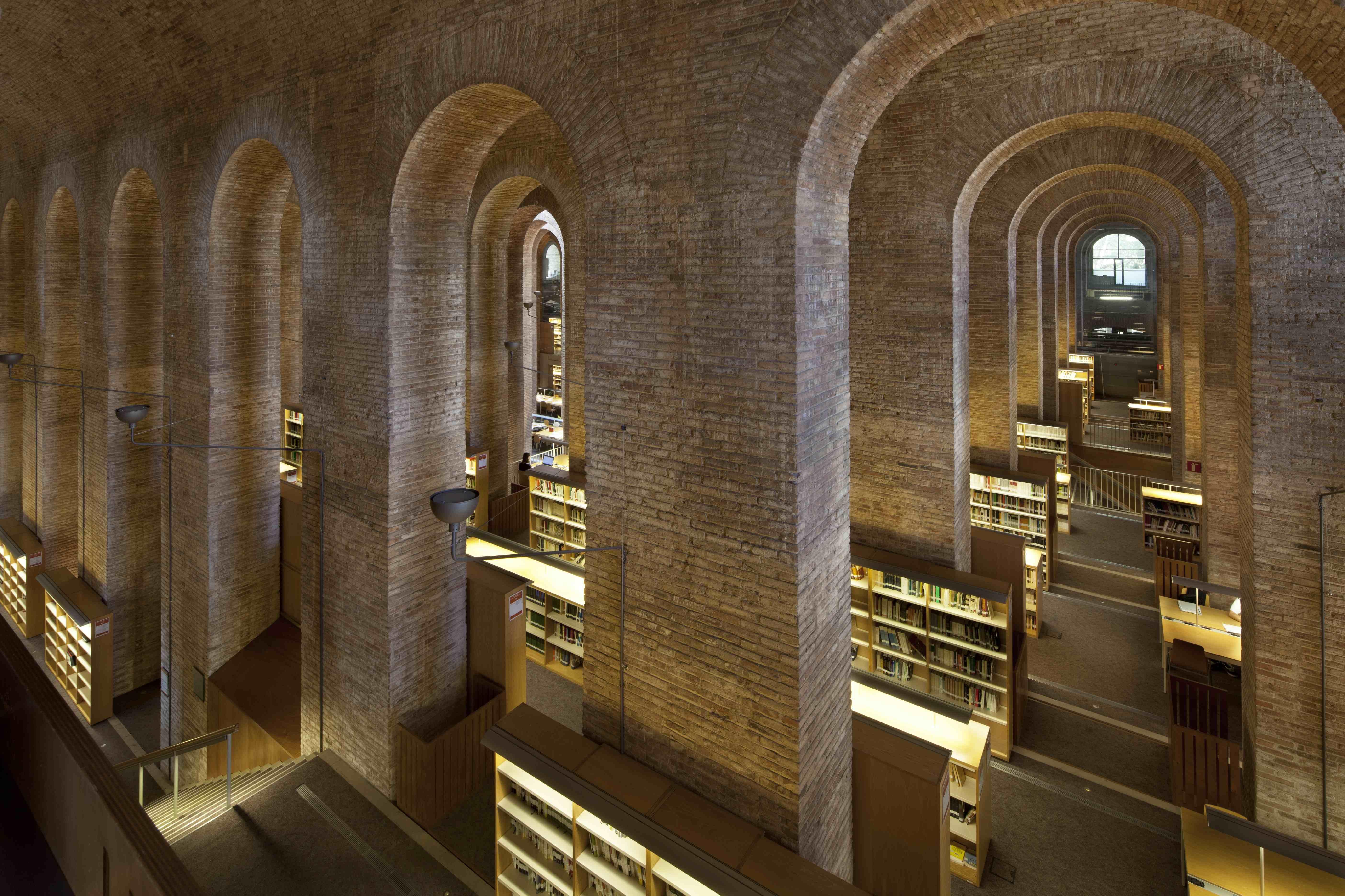 Университет Помпеу Фабра в Барселоне: поступление, обучение, преимущества