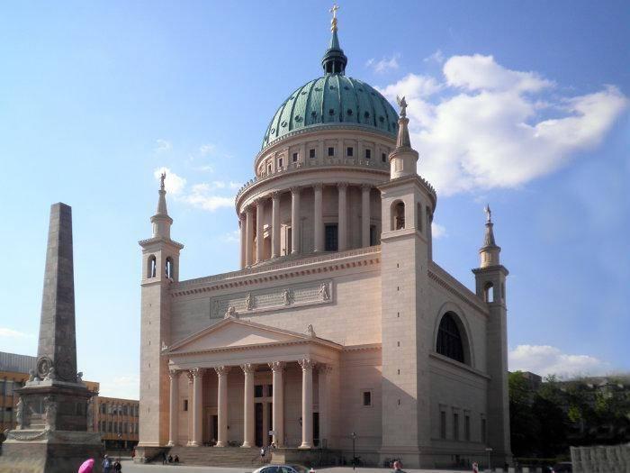 Популярные храмы, соборы и мечети Потсдама