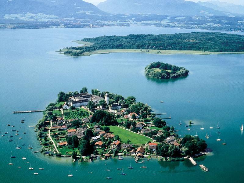Озеро Кимзее и его достопримечательности
