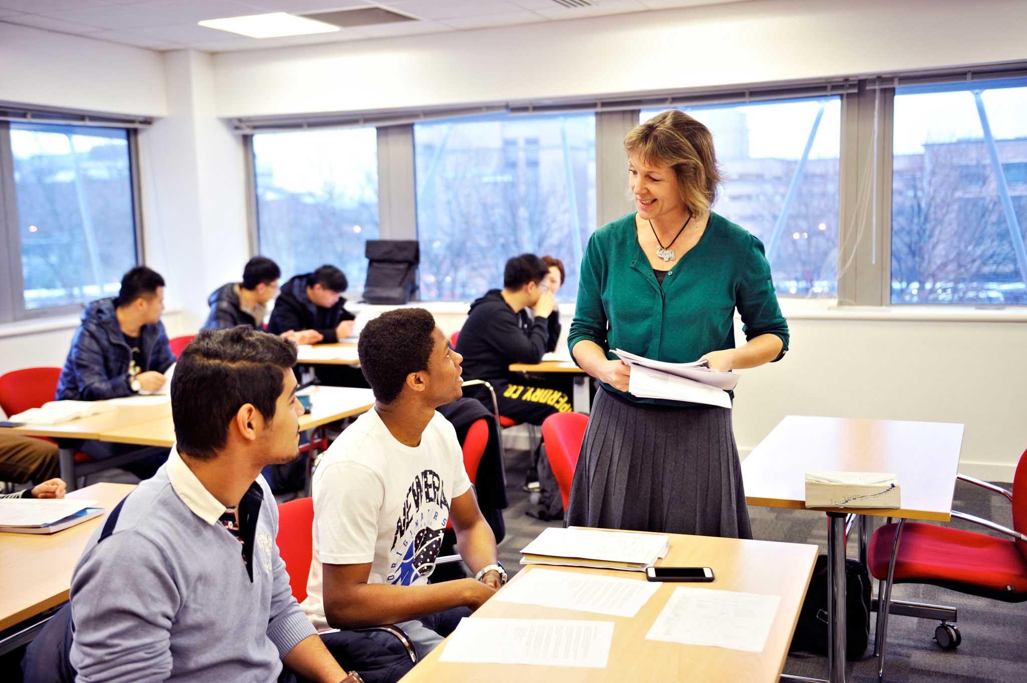 City of glasgow college (глазго) - групповая программа изучения английского в великобритании на 2021 год