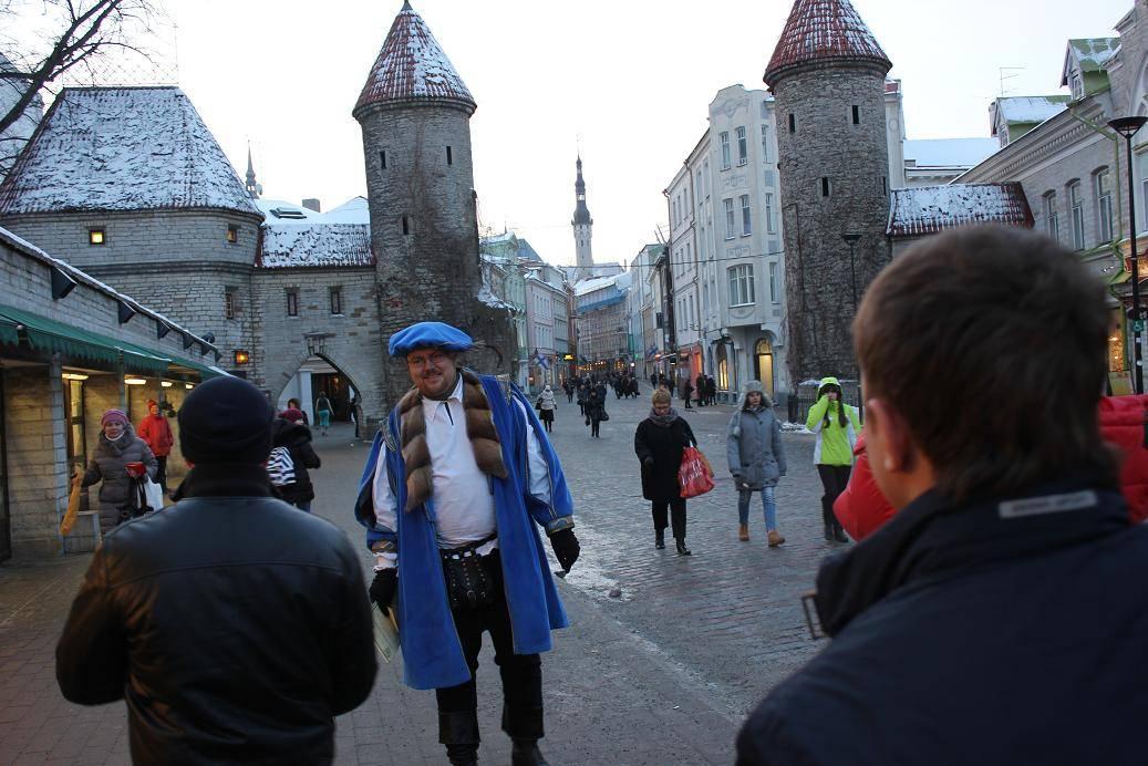 Минимальная и средняя зарплата в эстонии