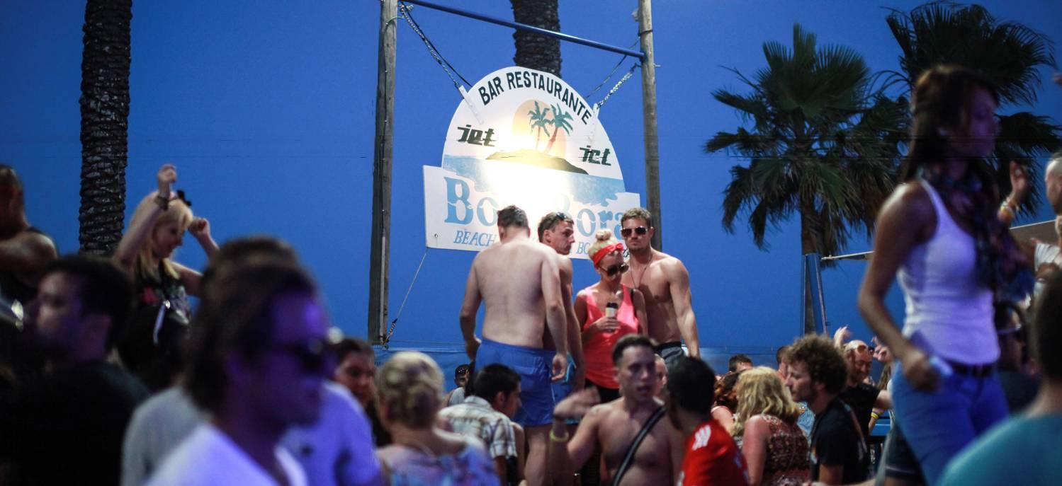 «под угрозой банкротства весь туристический бизнес страны»