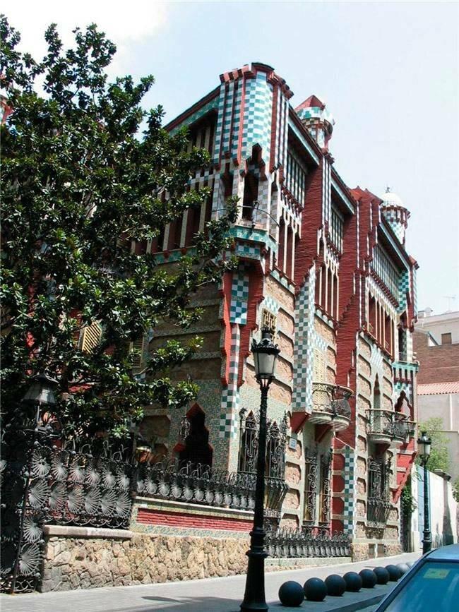 Невероятная архитектура антонио гауди: 10 чудес барселоны