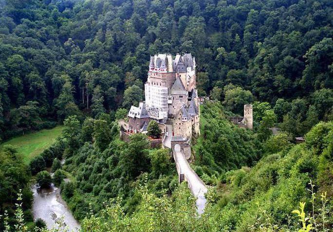 Замок эльц в германии