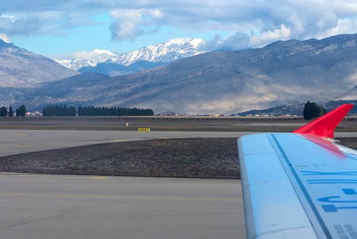 Аэропорт в городе тиват: где находится и как до него добраться?