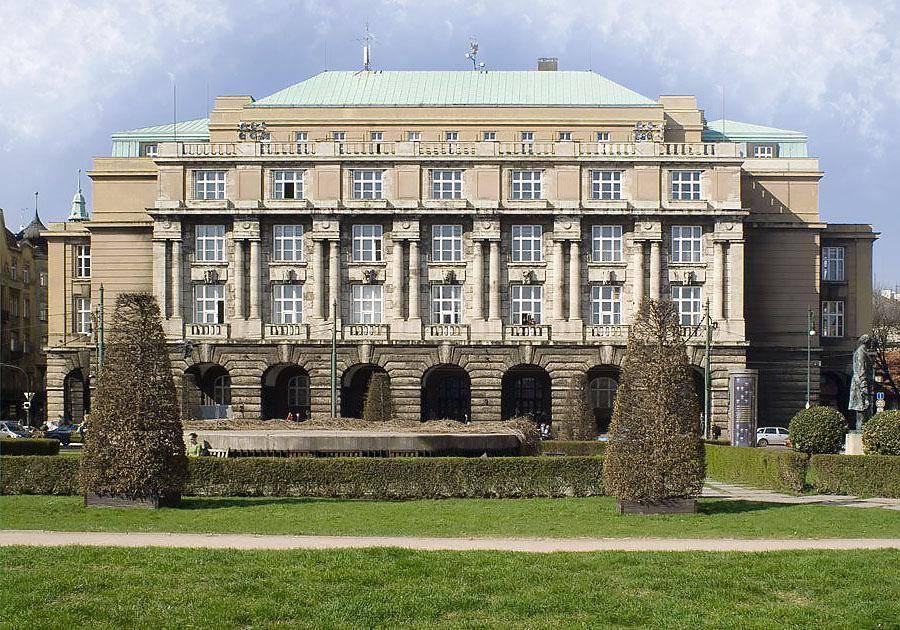 Как выбрать университет в чехии для обучения на чешском языке?