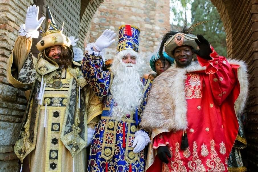 Vedi.by | путешествия по беларуси - шествие трех королей. репортаж из белостока