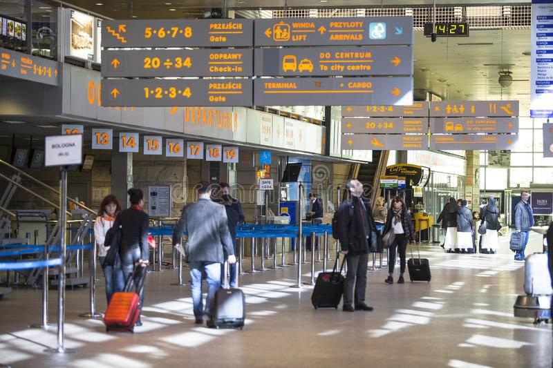 Международный аэропорт имени иоанна павла ii, краков (польша): история, фото, как добраться, адрес на карте и время работы в 2021