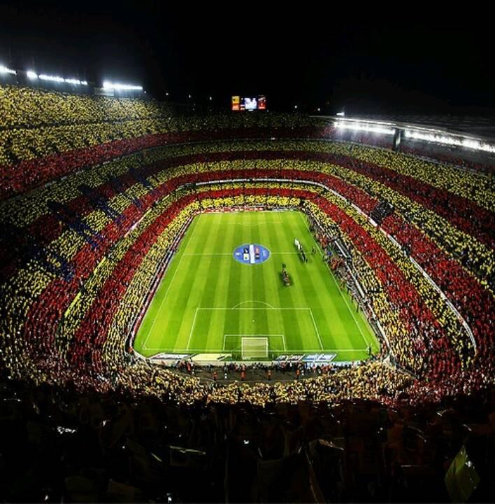 Стадион камп ноу (l'estadi camp nou)