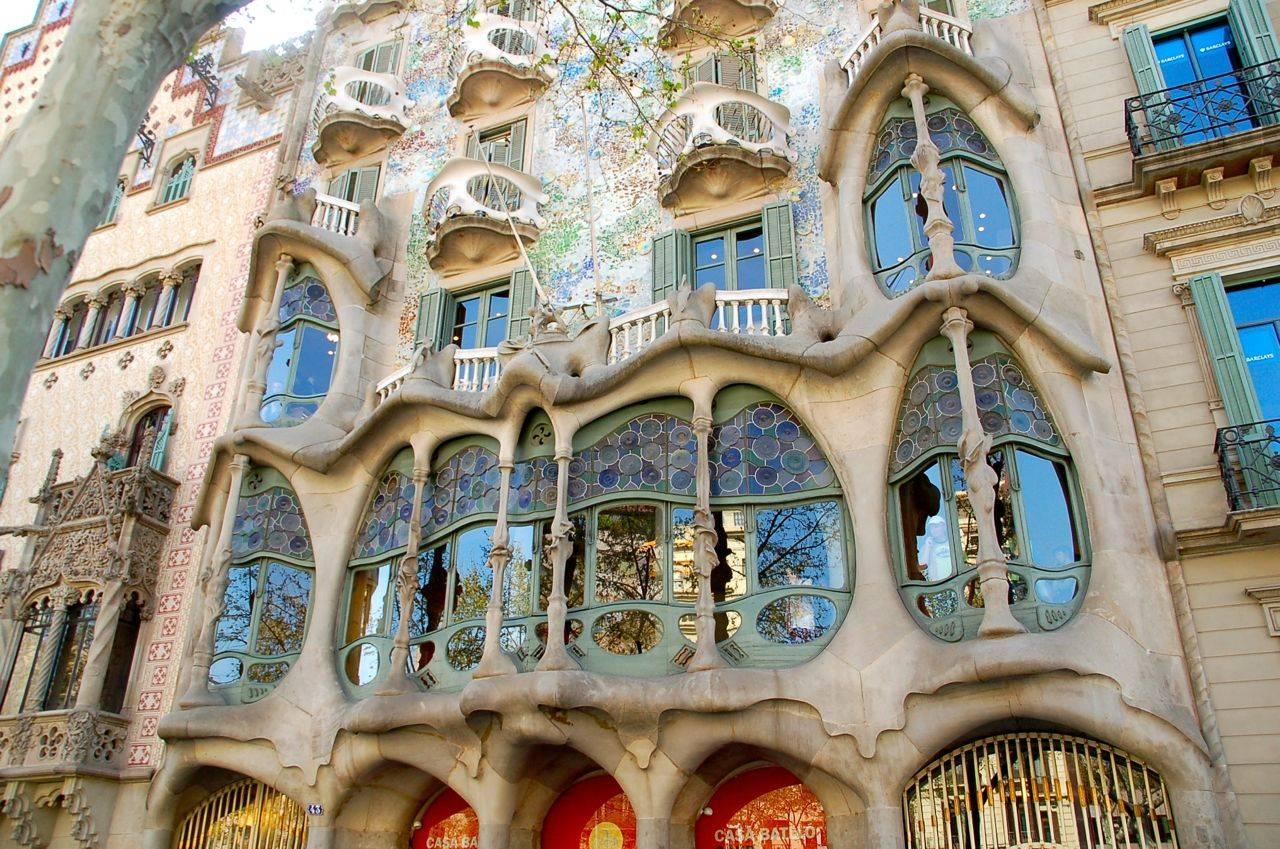 Стиль модерн в архитектуре: характерные черты, известные здания