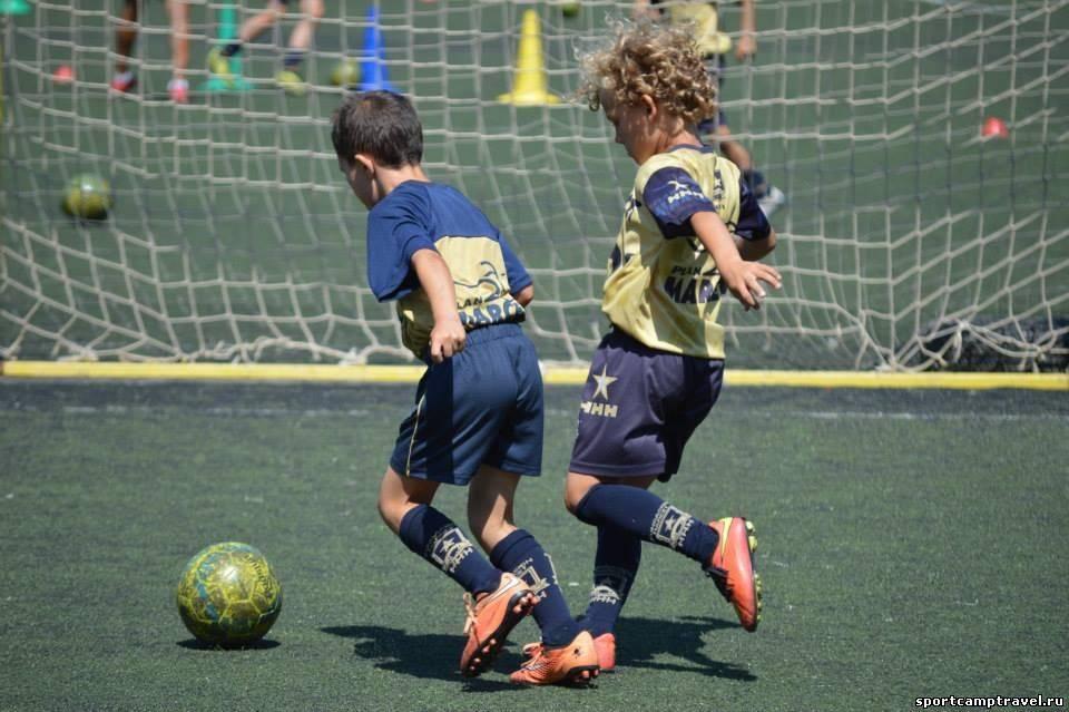 Обучение футболу в испании