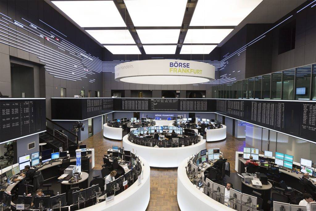 Обзор франкфуртской фондовой биржи: плюсы и минусы + аналитика по индексам
