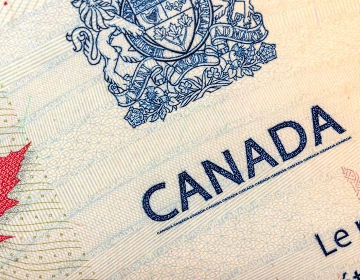 Роды за границей: в какой стране лучше рожать ребенка для получения гражданства?