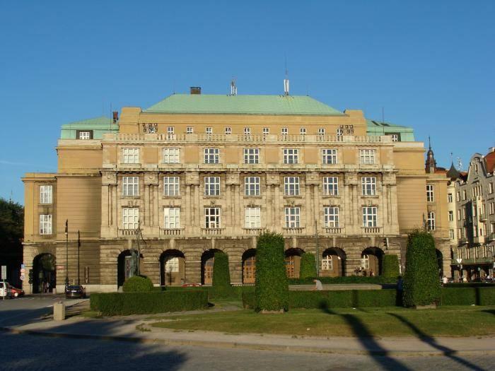 Филология в чешских вузах: где изучать и как поступить?
