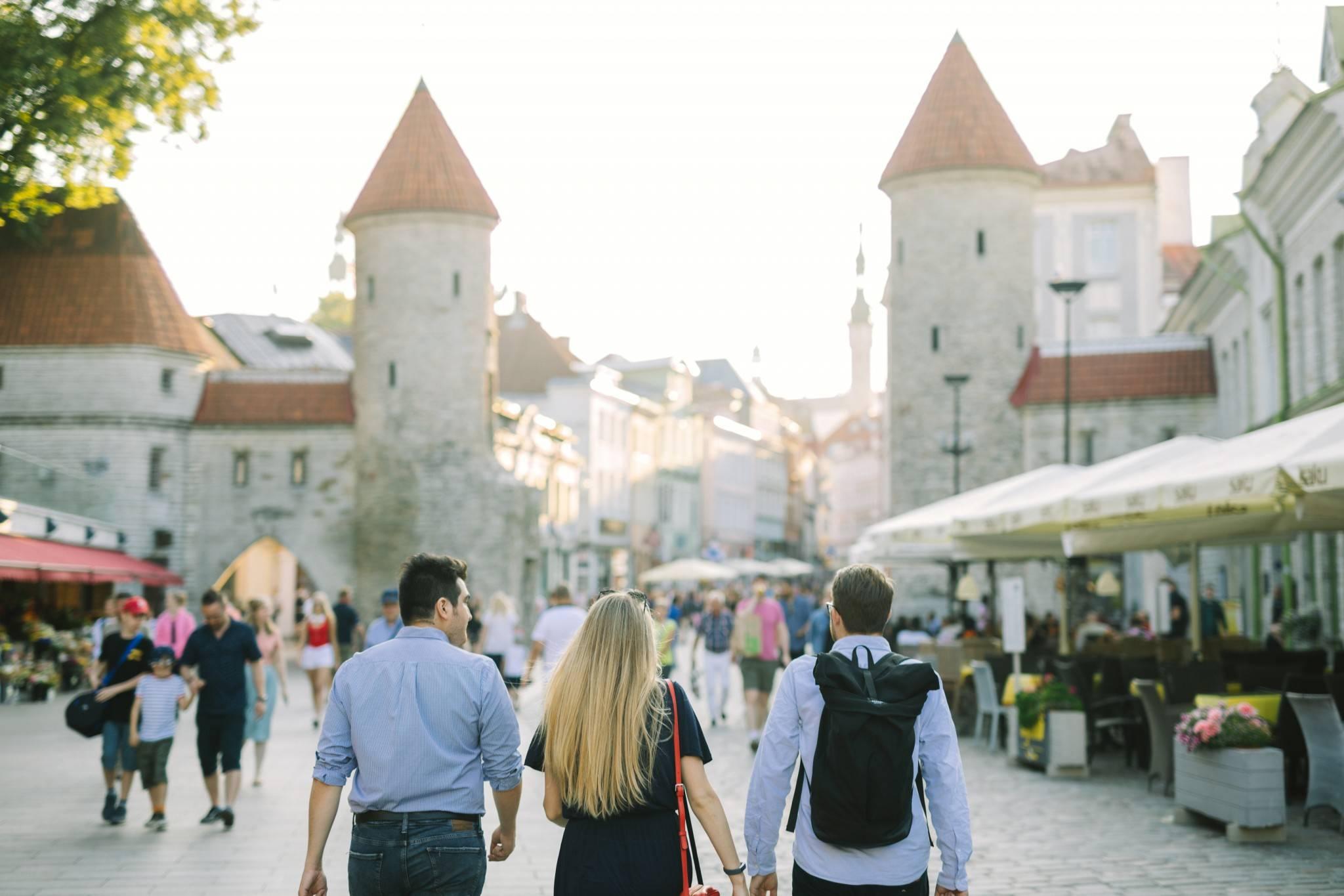 Средняя зарплата в эстонии по профессиям в 2021 году
