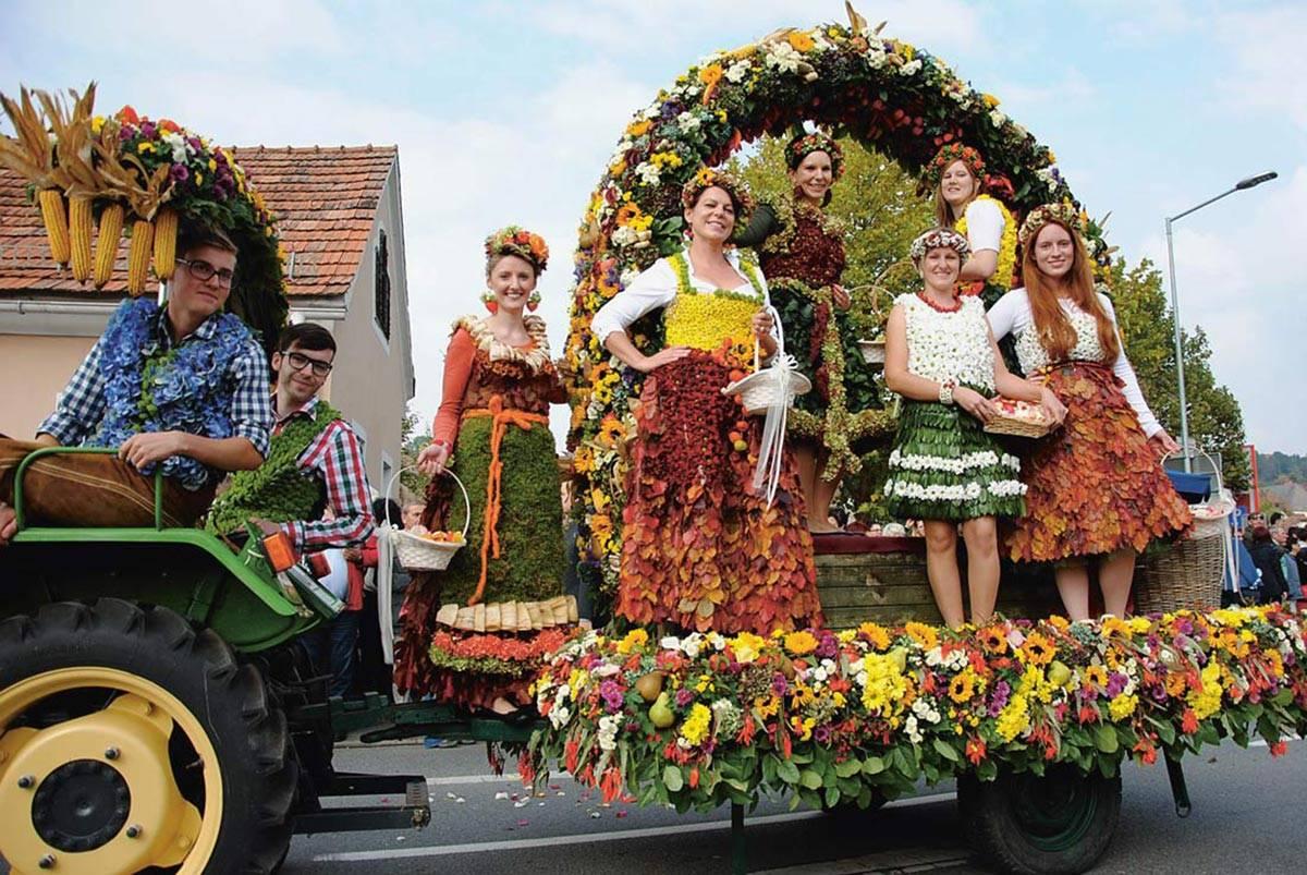 Самые запоминающиеся фестивали еды и пива в германии: старые и новые праздники и их особенности