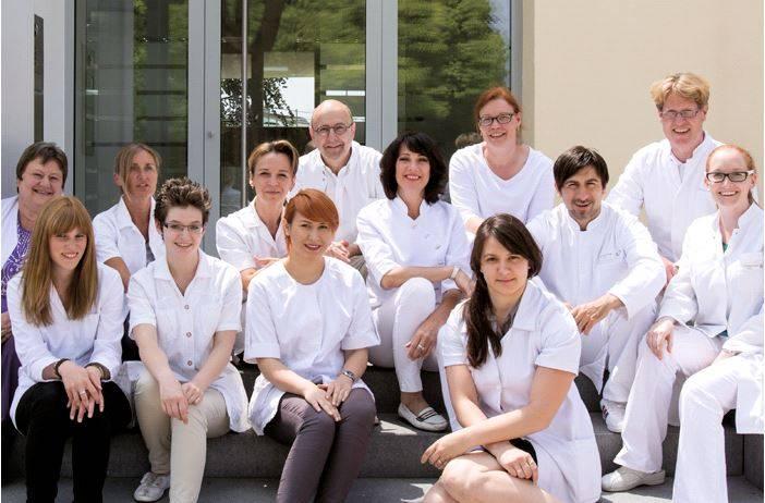 Клиники чехии по специализации ортопедия