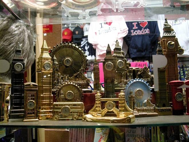 Что привезти из лондона: практичные подарки из города на темзе (16 фото)