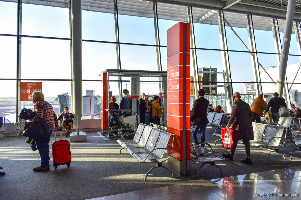 Изсамого аэропорта варшавы (шопена) вкраков можно ипоездами доехать? спасибо 4 ответа. туристер.ру