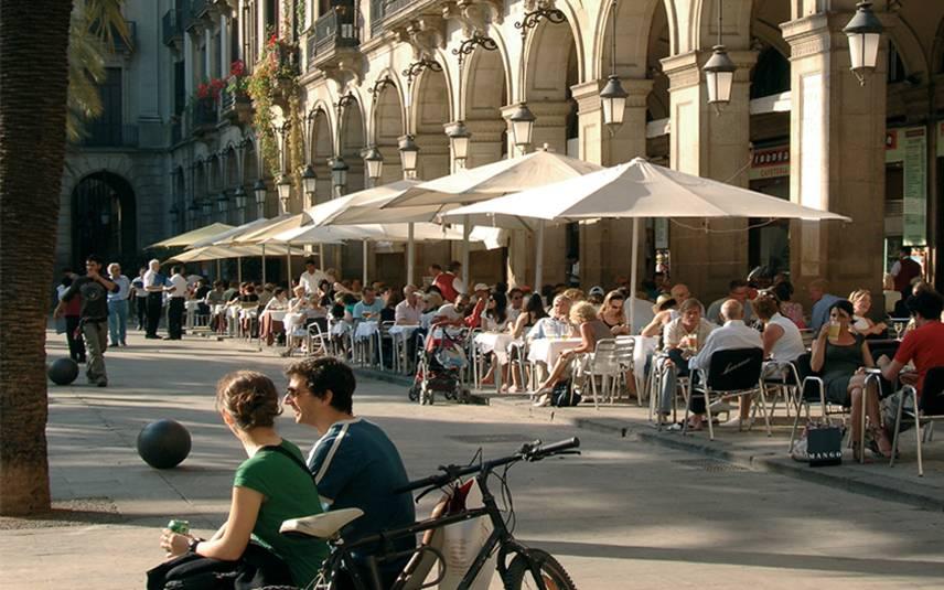 Средняя зарплата в испании и уровень жизни в стране
