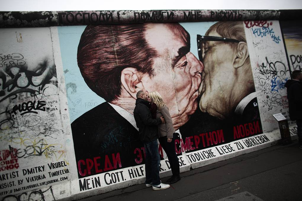 Берлинская стена: история создания и падения | политика, экономика, общество (без банов)