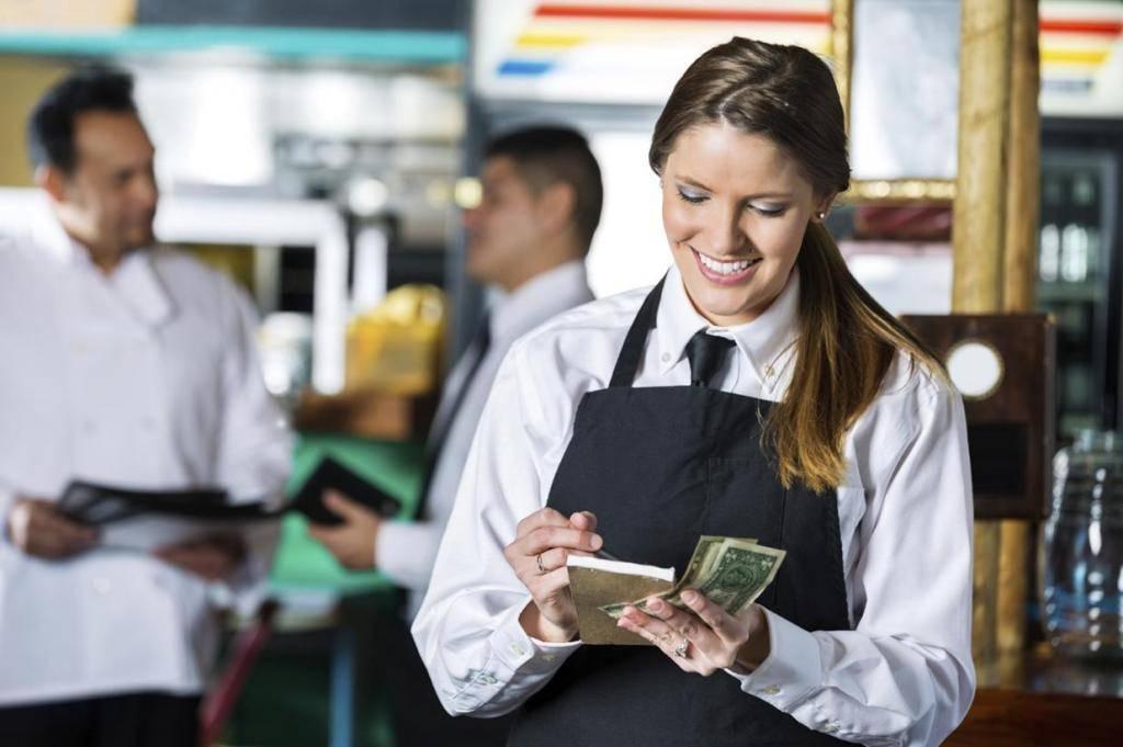 Зарплата бармена (реальные цифры)