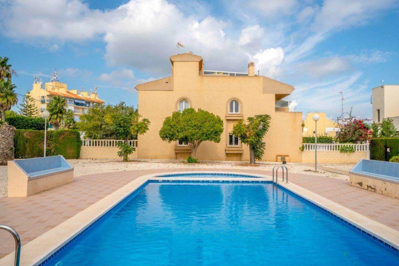 Недвижимость в стране испания