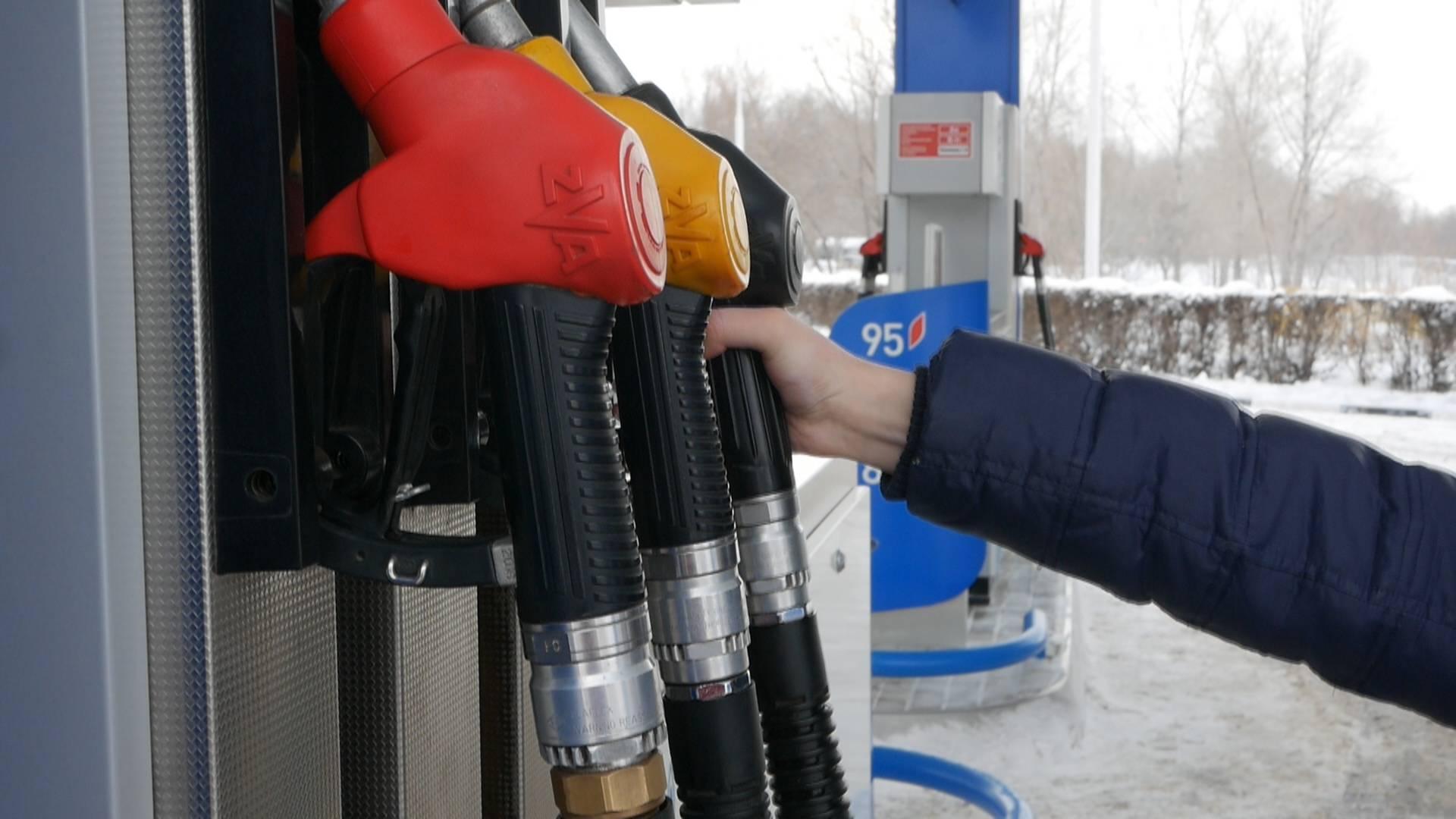 Топливо и особенности заправки автомобиля в европе  |  grand voyage топливо и особенности заправки автомобиля в европе
