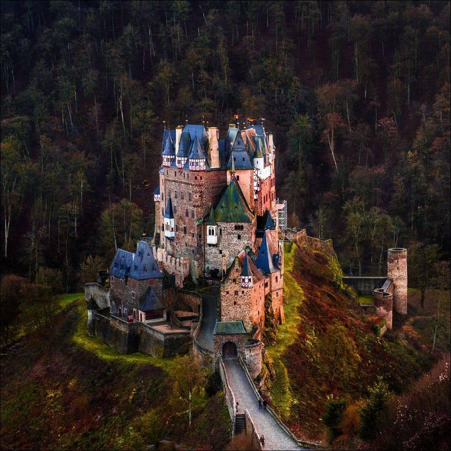 Замок эльц: история и архитектурные особенности