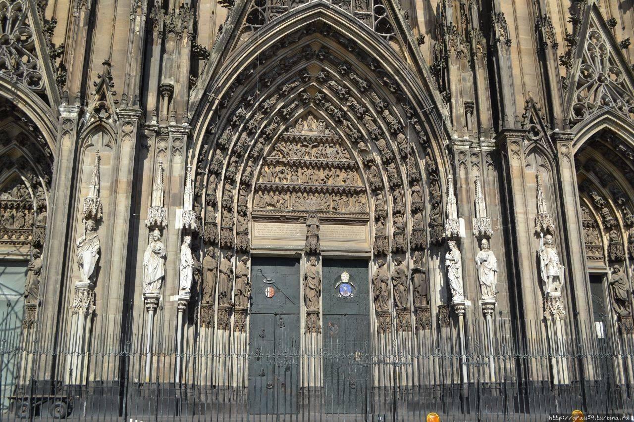 Кельнский собор внутри и снаружи, так ли он прекрасен?