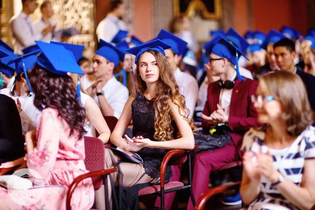 11 особенностей образования в чехии: бесплатно, вузы, школы, дошкольное, выбор