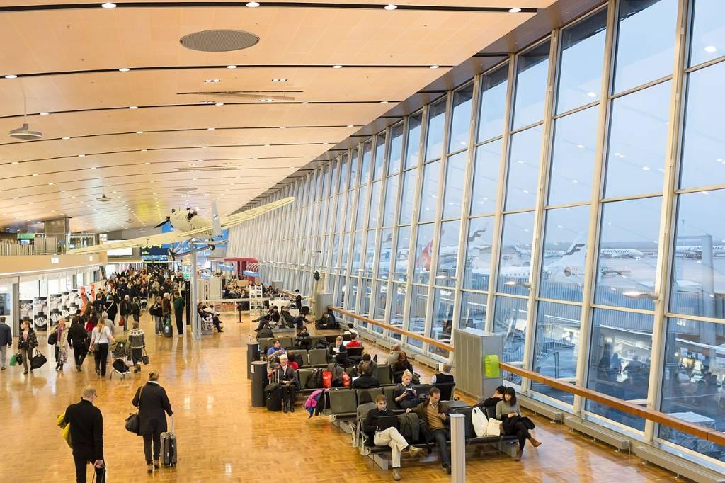 Аэропорты финляндии международные на карте, ближайший к санкт-петербургу, сколько аэропортов