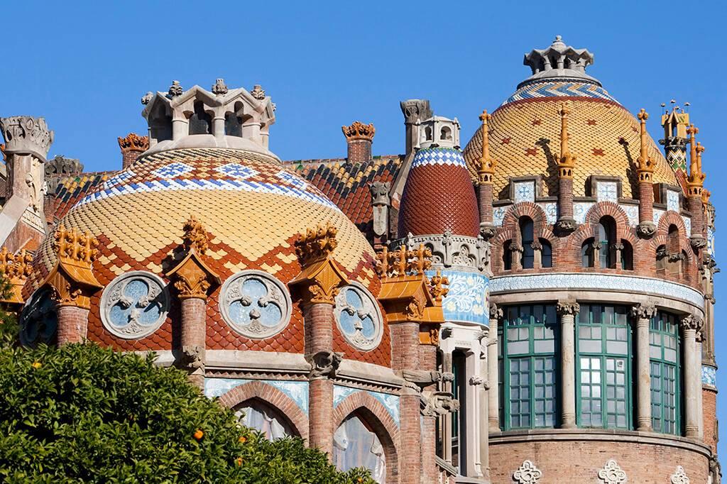 Барселона, больница сант-пау, архитектурный шедевр доменека-и-монтанера