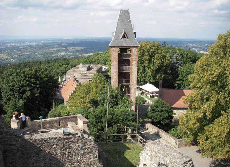 Самое интересное о замке франкенштейн в германии