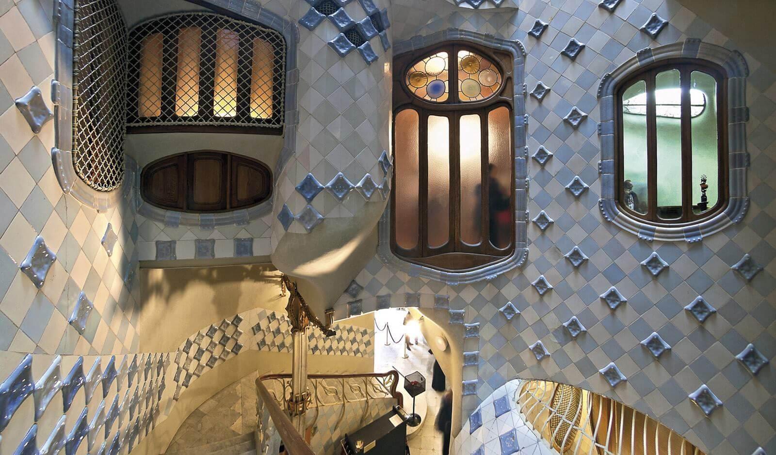 Дом гауди в барселоне: где жил гений