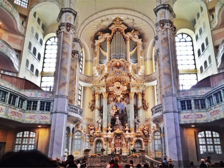 Кафедральный собор фрауэнкирхе (собор пресвятой девы марии) в мюнхене - тесная связь власти земной и небесной