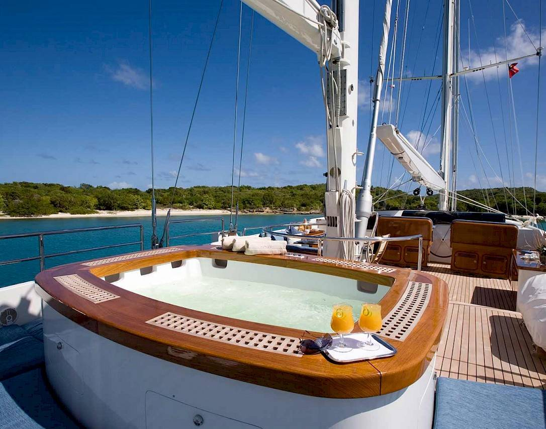 Как арендовать яхту для отдыха и путешествий