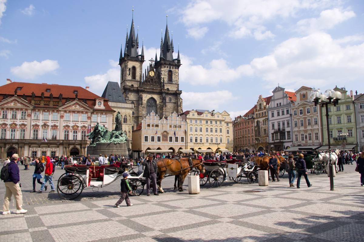 Переезжаем в чехию на пмж в 2019 году: способы, советы, законы.