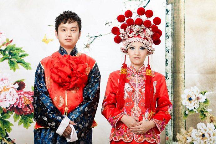 Китайская свадьба - обряды, традиции и обычаи, помолвка