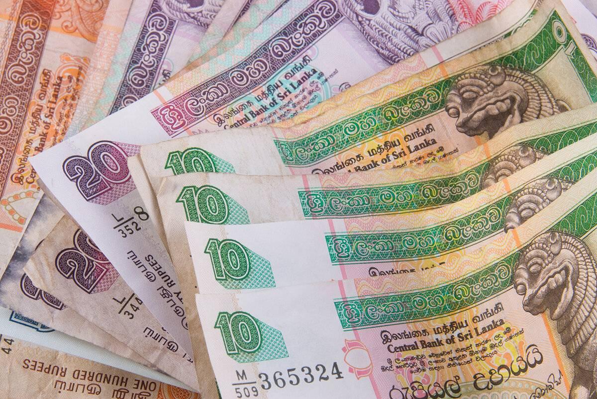Валюта канады: от франков к долларам